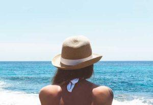 Juuste kaitsmine suvel on eriti oluline kuumuse, kuivuse ja UV-kiirguse vastu.